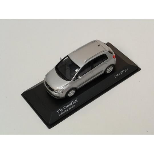 VW GOLF 2006 1/43ème MINICHAMPS