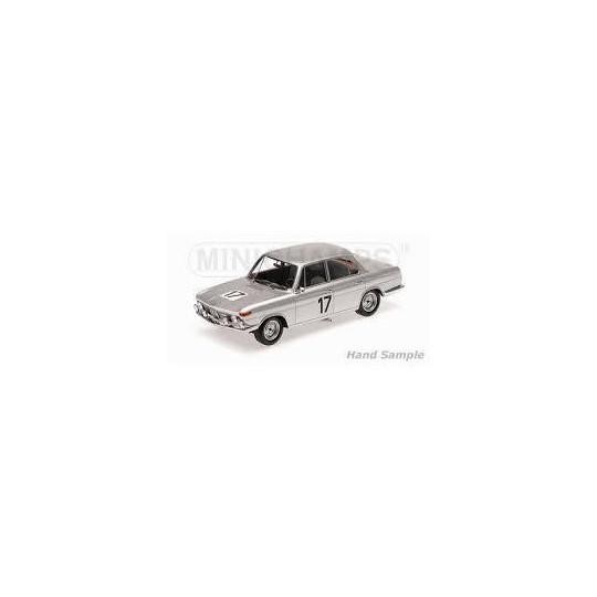 BMW 2000 TI 1/18 MINICHAMPS