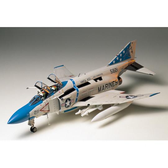 McDonnel F-4J Phantom II...
