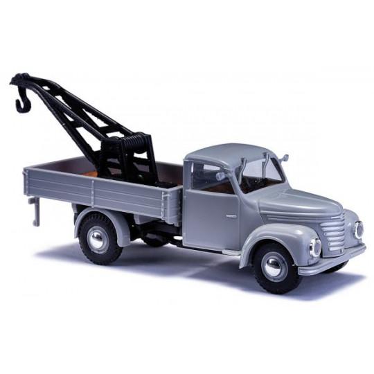 Camion FRAMO V901/2 avec grue 1/87ème BUSCH