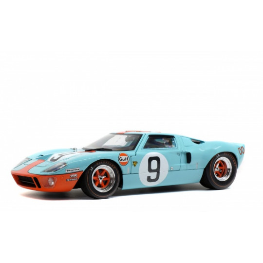 FORD GT 40 Le MANS 1968...